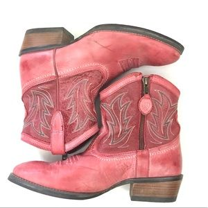 Ariat Unbridled Western Leather Boots 8.5